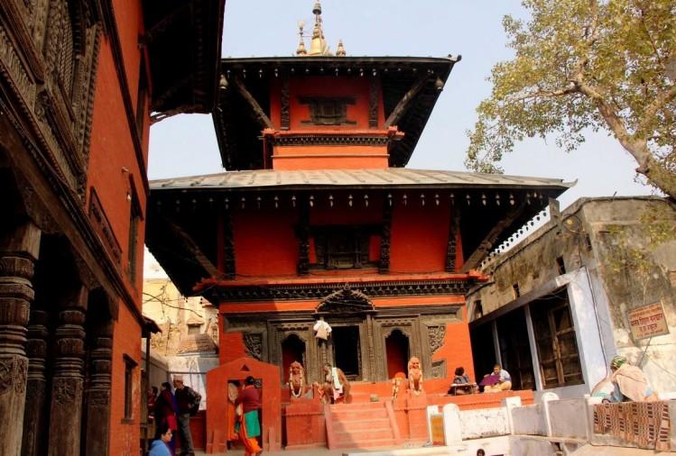 Visit Nepali Temple in Varanasi